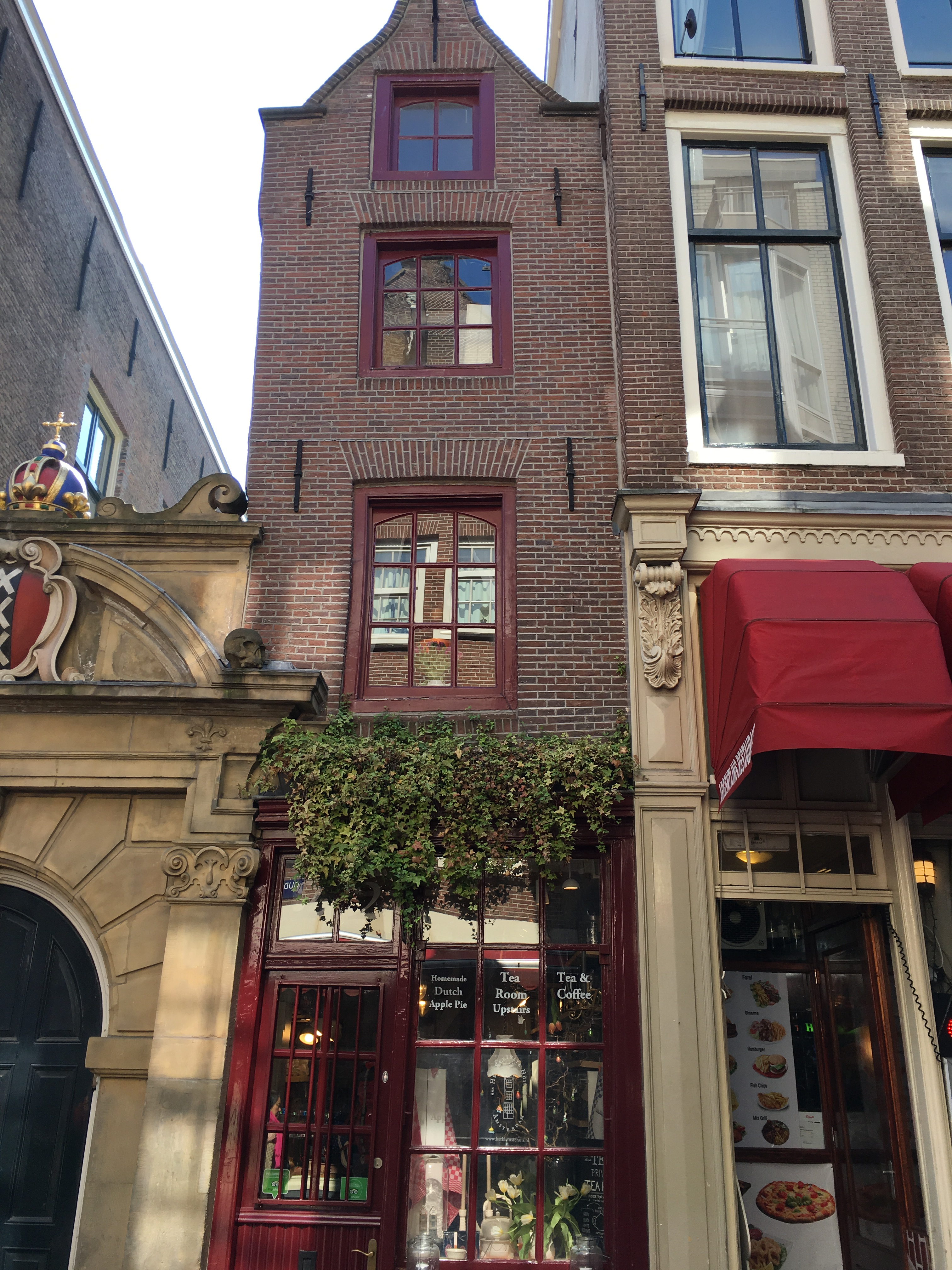 Tea At The Smallest House In Amsterdam Anne Travel Foodie